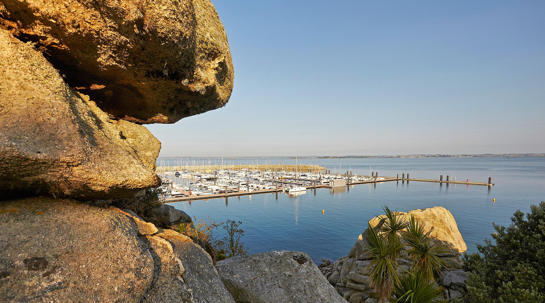 Le port de Roscoff, une escale incontournable en Finistère nord