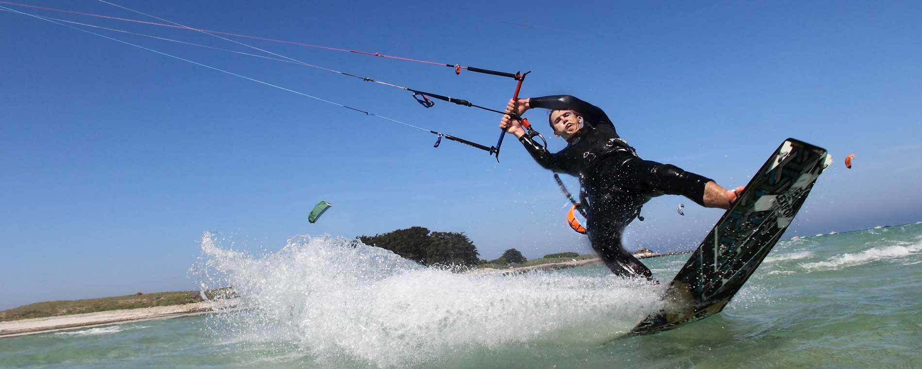 Le kitesurf en Finistère : les meilleurs spots de Bretagne