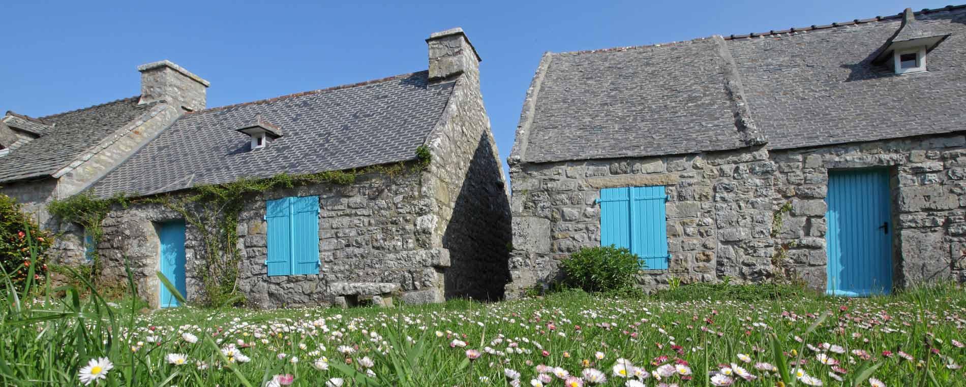 Le village de Rostudel dans la presqu'île de Crozon