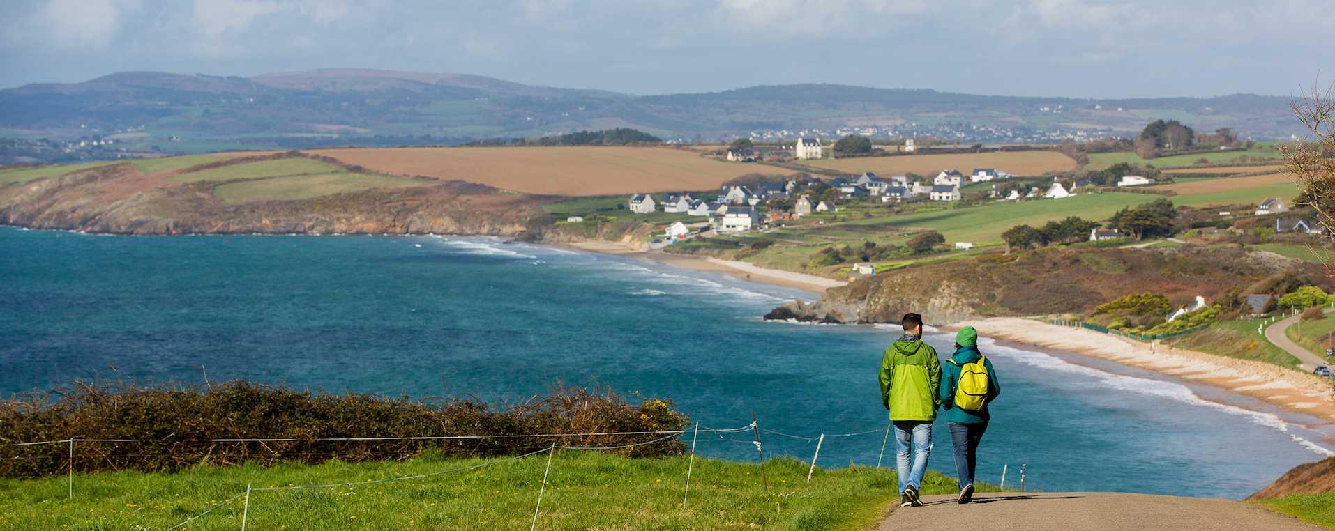 Les topoguides pour sillonner le Finistère