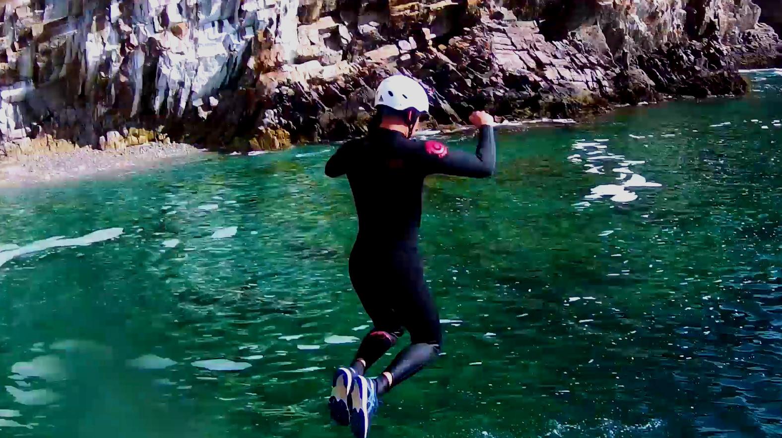 On a testé : le coasteering avec Dizolo
