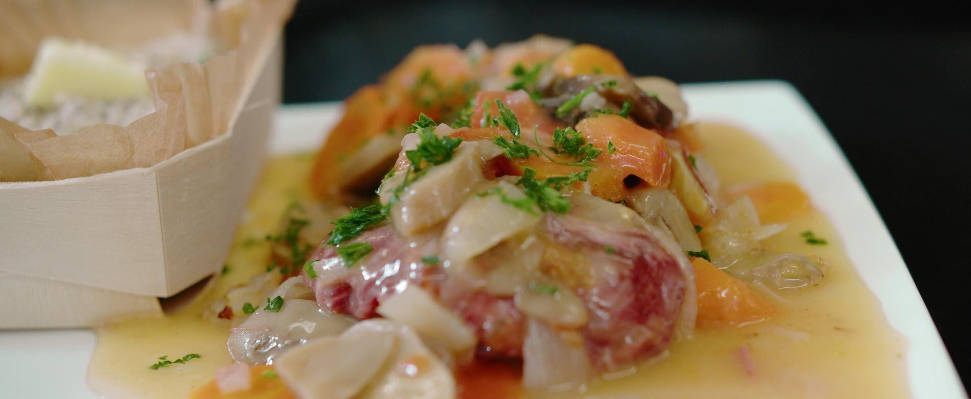 Recettes de chefs : joues de porc confites au vin blanc
